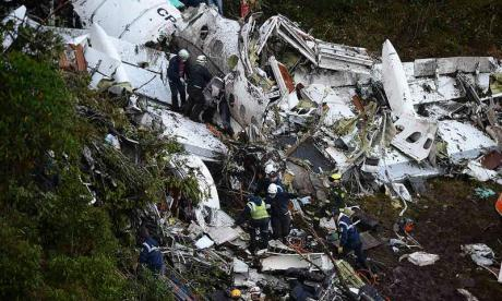 Colombia aircraft 'may have run out of fuel', say investigators