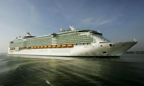 British P&O passenger dies in Dominica incident