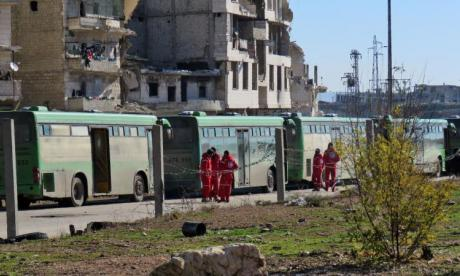 Eastern Aleppo evacuation: 10 ambulances, 17 buses packed with evacuees leave war-torn area