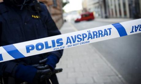 Police defuse explosive device at refugee centre in Sweden
