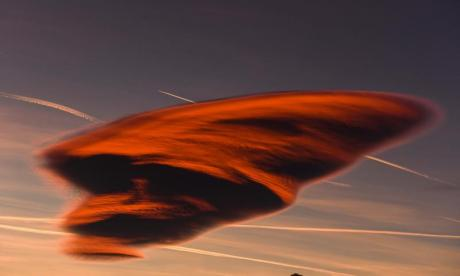 Skiers in Sweden mistake a cloud for a UFO