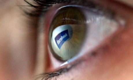 Facebook: Network to roll out 'fake news tool' in Germany