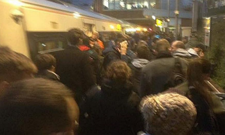 London Overground train evacuated during rush hour at Dalston Kingsland