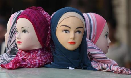 Austrian Islamic religious community criticised for recommending Muslims wear headscarves from puberty