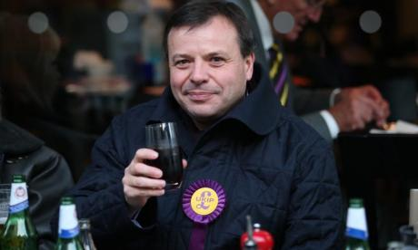 'Forget UKIP, they're finished' - Twitter comes down hard on party after Arron Banks claims