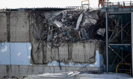 Trouble in Fukushima cleanup as robots keep inexplicably dying