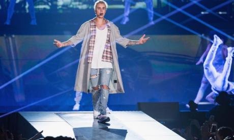 Man who allegedly posed as Justin Bieber online charged with more than 900 sex offences