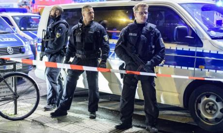 Seven injured in Dusseldorf after assailant goes on axe rampage in train station