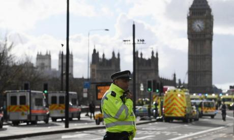 Westminster attack: 'At first people thought it was a bomb and all hell broke lose', says eyewitness