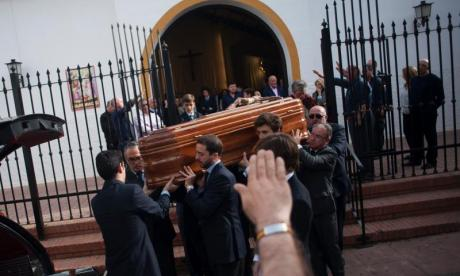 Jose Utrera Molina's coffin dismissed with Nazi salute and pro-Franco anthem
