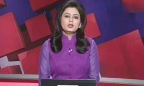 Indian newsreader reports on her own husband's death in fatal car accident