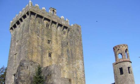 Man dies after falling from Blarney Castle