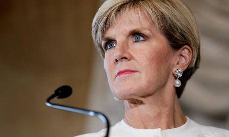 Australia's Julie Bishop to introduce law preventing registered paedophiles from travelling to find overseas victims