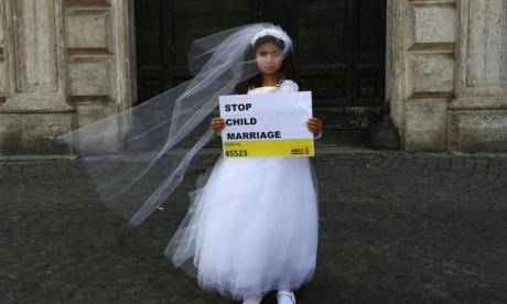Wedding between two children abruptly stopped by child safety officials in India