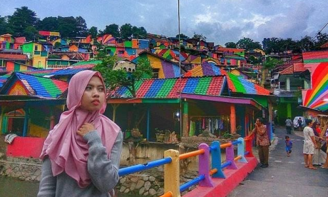 Into the 'rainbow village' - Indonesia hamlet becomes tourist sensation