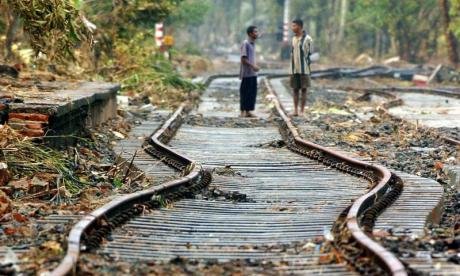 Sri Lankan rail authorities crackdown on track selfies, after multiple deaths