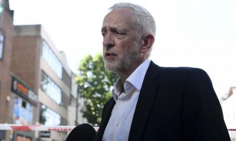 'Shining light of British politics' - Twitter praises Jeremy Corbyn for Finsbury Park attack response