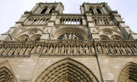 'Shots fired' at Notre Dame cathedral