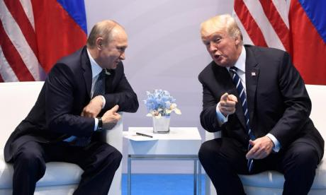 White House confirms Donald Trump and Vladimir Putin had informal talk at G20 after their planned meeting