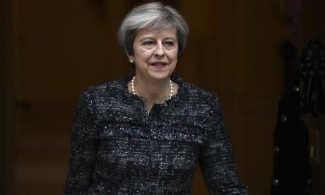 Business bosses urge Theresa May to delay Brexit beyond 2019