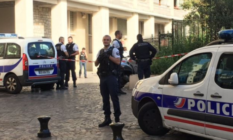 Soldiers injured after a car is driven into them in Paris