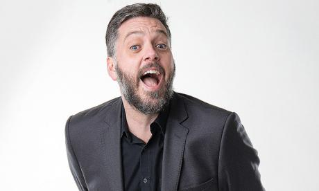 Iain Lee meets Samantha the sex robot - and has to use the studio dump button on her