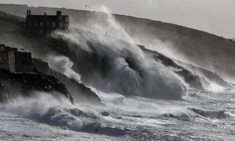 'Britain is so dramatic' - Not everyone is convinced Storm Aileen is worthy of a name