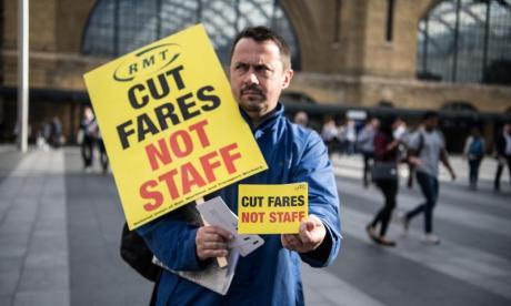 Southern Rail, Merseyrail, and Arriva Rail North affected by RMT strike
