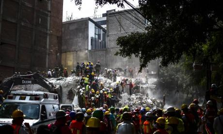 Mexico earthquake: Rescues spark hope as the death toll continues to rise