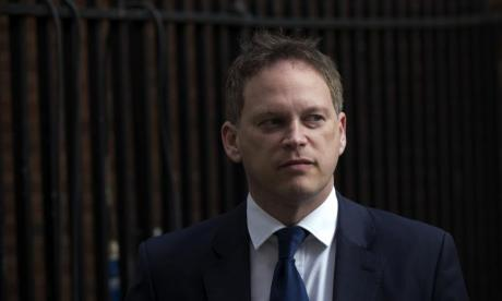 'Plotters lack backbone' - Surprisingly support for Theresa May grows after Grant Shapps comments