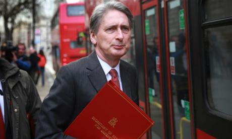 Brexit: Philip Hammond refuses to commit money to no-deal scenario