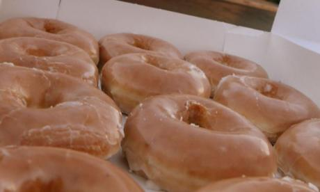 Man handed large settlement after police mistake his doughnut glaze crumbs for meth