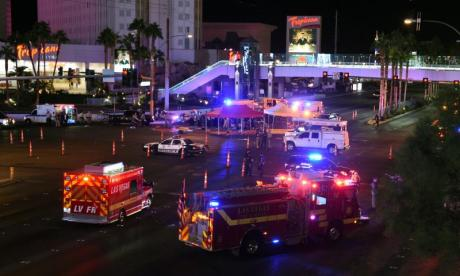 Las Vegas: 'Police found suspect as he set off smoke alarm with automatic gunfire'