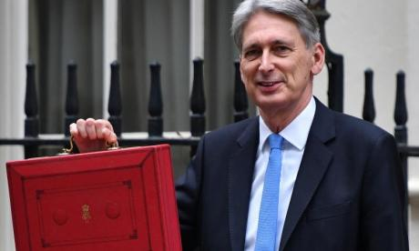 'Philip Hammond's budget stamp duty announcement is gimmick to get good headlines'