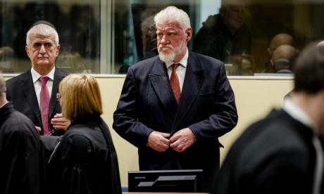 Bosnian Croat war crimes suspect Slobodan Praljak 'drinks poison' during trial