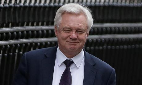 Brexit: David Davis clarifies 'statement of intent' remarks which confused the Irish Government