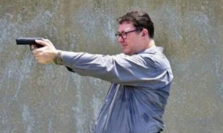 Australian MP reported to police over Facebook gun photo