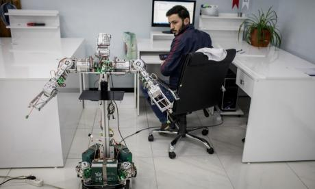 '1 in 3 workers think their job will be taken by robots within 10 years'