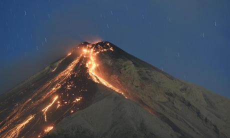 There was panic as a fresh eruption sparked an evacuation of areas surrounding the Volcan de Fuego