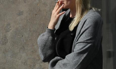 NHS must do more to help smokers quit, say leading physicians