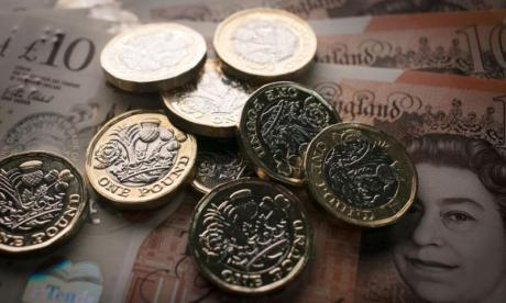 Pound Sterling falls after key Brexit ministerial resignations