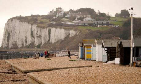 Six Iranian nationals found on Kent beach