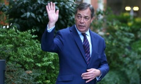 Nigel Farage quits UKIP over Gerard Batten's 'obsession' with Tommy Robinson