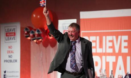 DUP's Sammy Wilson calls Theresa May's initial Brexit negotiations 'spineless'