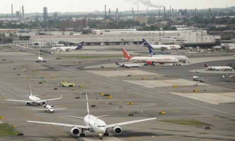 Major US airport halts flights after drone sighting