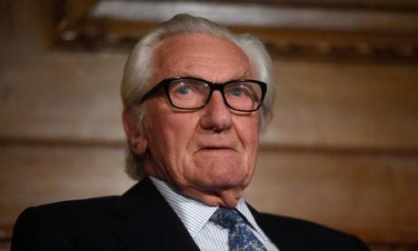 Lord Heseltine: The two big parties are 'off their heads'