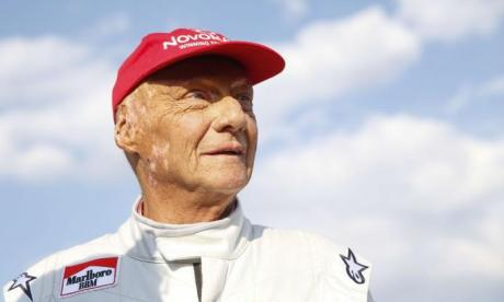 Niki Lauda: Tributes pour in for 'irreplaceable' F1 champion